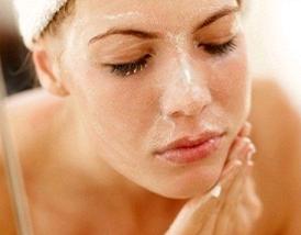 6 dicas para limpar o rosto corretamente